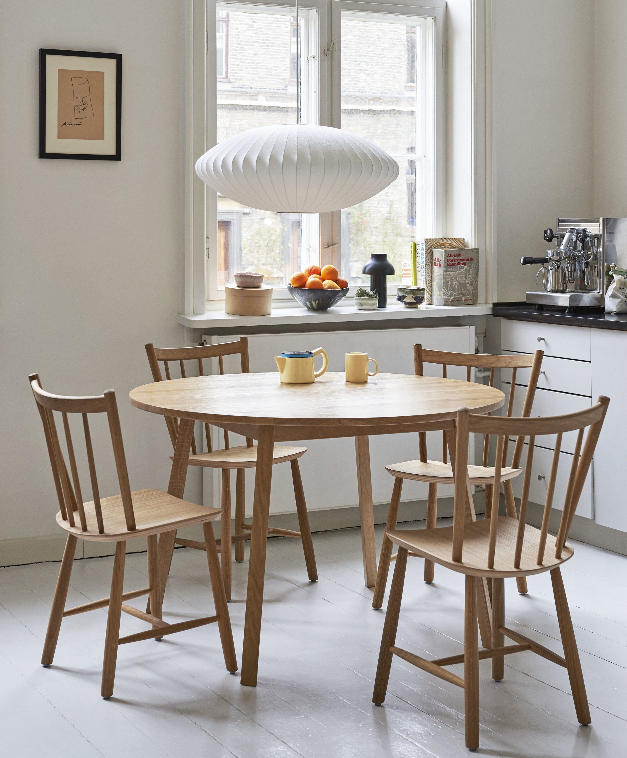 Crema, Wooden dining table, Kitchen living, Nelson Saucer, Bubble Pendant